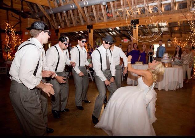 9 Oaks Farm dancing