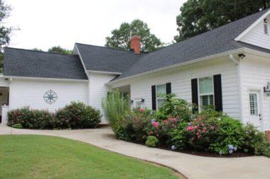 rental_houses_white_house_image07-540x360