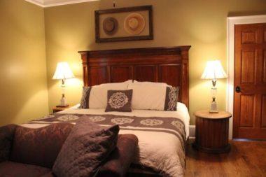 rental_houses_white_house_image19-540x360