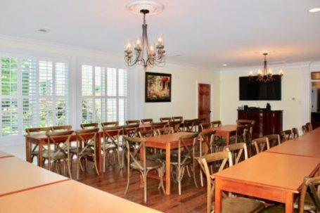 rental_houses_white_house_image40-540x360